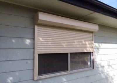 External roller shutter
