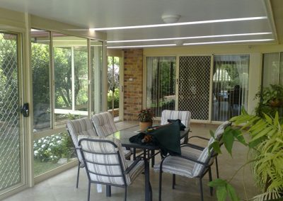 Shademaster 5 by North West Shutters
